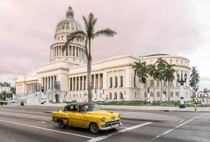 el capitolio havana yellow car @ Cuba Photo Travel 2017